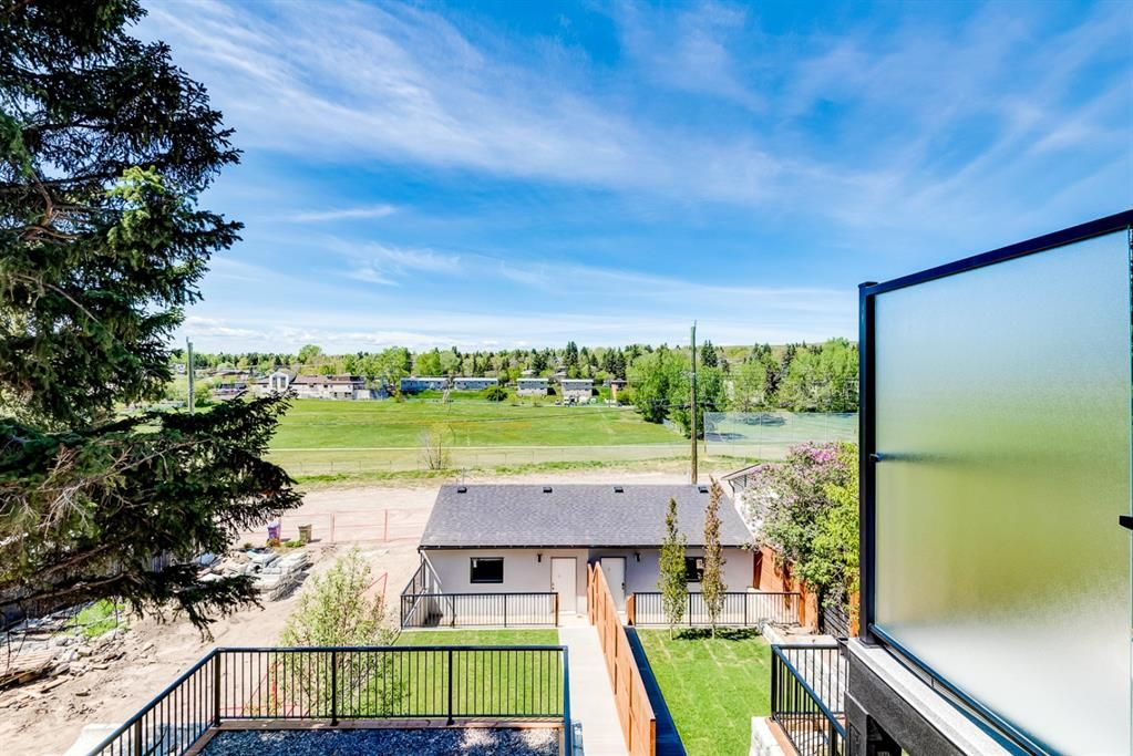 Photo 38: Photos: #1 4207 2 Street NW in Calgary: Highland Park Semi Detached for sale : MLS®# A1111957