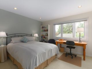 Photo 11: 5195 SARITA AVENUE in North Vancouver: Canyon Heights NV House for sale : MLS®# R2396162