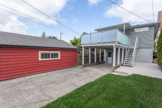 Photo 19: 2026 CHARLES Street in Vancouver: Grandview VE House for sale (Vancouver East)  : MLS®# R2103158