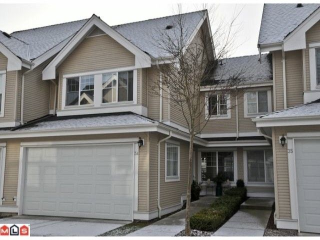 """Main Photo: 34 17097 64TH Avenue in Surrey: Cloverdale BC Townhouse for sale in """"Kentucky"""" (Cloverdale)  : MLS®# F1100822"""