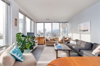 """Photo 4: 1007 989 NELSON Street in Vancouver: Downtown VW Condo for sale in """"ELECTRA"""" (Vancouver West)  : MLS®# R2590988"""