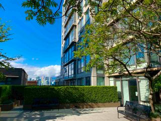 """Photo 1: 201 1068 W BROADWAY Avenue in Vancouver: Fairview VW Condo for sale in """"the Zone"""" (Vancouver West)  : MLS®# R2584907"""