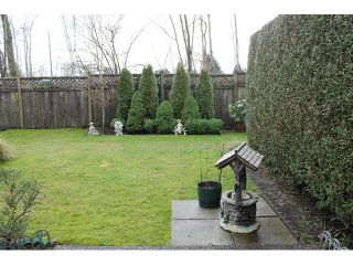"""Photo 3: 15 13499 92ND Avenue in Surrey: Queen Mary Park Surrey Townhouse for sale in """"CHATHAM LANE"""" : MLS®# F1431074"""