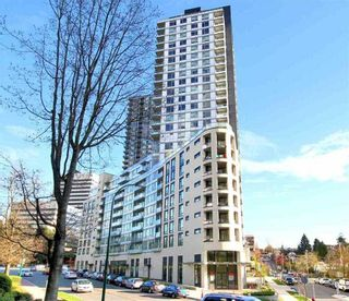 """Photo 8: 719 5470 ORMIDALE Street in Vancouver: Collingwood VE Condo for sale in """"WALL CENTRE III"""" (Vancouver East)  : MLS®# R2357970"""