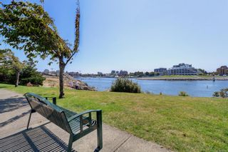 Photo 35: 18 230 Wilson St in Victoria: VW Victoria West Row/Townhouse for sale (Victoria West)  : MLS®# 863010