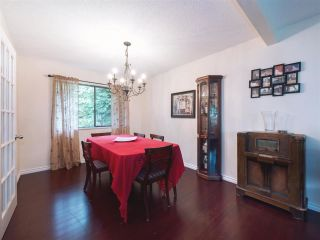 """Photo 8: 408 FERNHURST Place in Coquitlam: Coquitlam East House for sale in """"Dartmoor Heights"""" : MLS®# R2319741"""