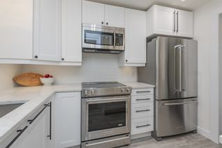 """Photo 9: 411 2 RENAISSANCE Square in New Westminster: Quay Condo for sale in """"The Lido"""" : MLS®# R2620634"""