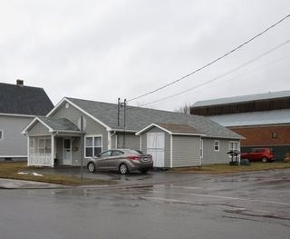 Photo 3: 52 Pine Street in New Glasgow: 106-New Glasgow, Stellarton Multi-Family for sale (Northern Region)  : MLS®# 202105380