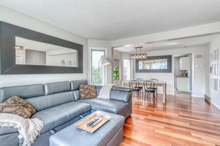 Photo 2: 15 Rivercrest Crescent SE in Calgary: Riverbend Detached for sale : MLS®# A1126061