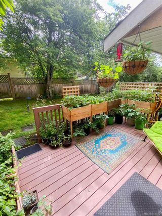 Photo 3: 4 4580 West Saanich Rd in Saanich: SW Royal Oak Row/Townhouse for sale (Saanich West)  : MLS®# 841922