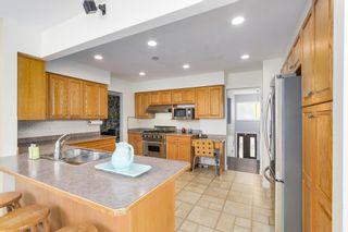 "Photo 5: 8805 DELCOURT Crescent in Delta: Nordel House for sale in ""NORDEL"" (N. Delta)  : MLS®# R2185111"