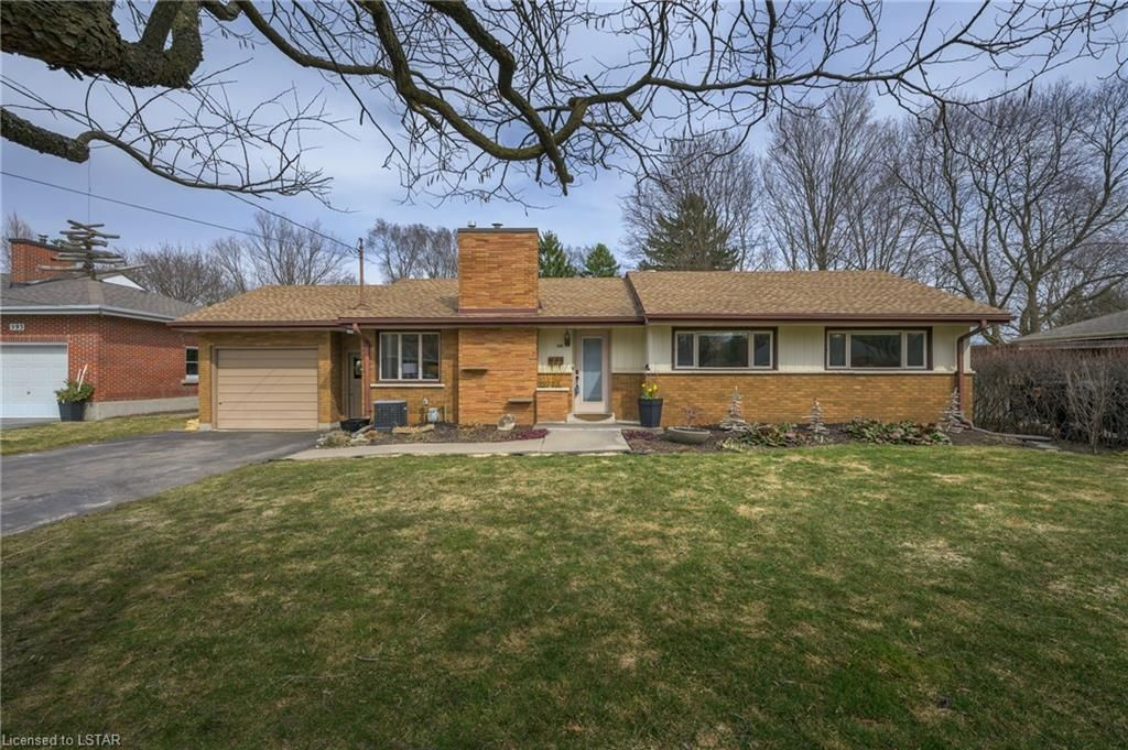 Main Photo: 589 CAYLEY Drive in London: North P Residential for sale (North)  : MLS®# 40085980