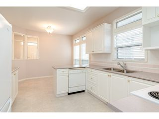 Photo 3: 10 4725 221 Street in Langley: Murrayville Townhouse for sale : MLS®# R2465425