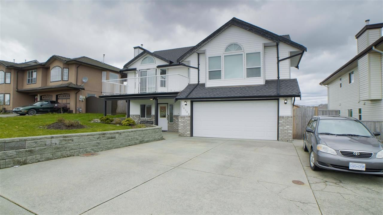 Main Photo: 30529 SANDPIPER Road in Abbotsford: Abbotsford West House for sale : MLS®# R2547938