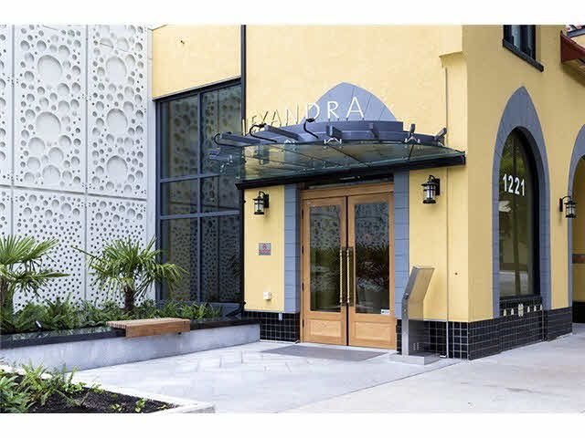 """Main Photo: 1806 1221 BIDWELL Street in Vancouver: West End VW Condo for sale in """"ALEXANDRA"""" (Vancouver West)  : MLS®# V1081262"""
