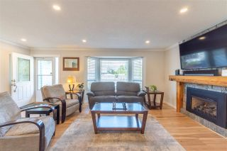 Photo 4: 27192 34 Avenue in Langley: Aldergrove Langley House for sale : MLS®# R2571380