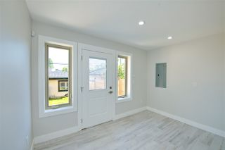 Photo 9: 870 E 58TH Avenue in Vancouver: South Vancouver 1/2 Duplex for sale (Vancouver East)  : MLS®# R2443713