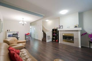 """Photo 8: 20 10340 156 Street in Surrey: Guildford Townhouse for sale in """"KINGSBROOK"""" (North Surrey)  : MLS®# R2262664"""