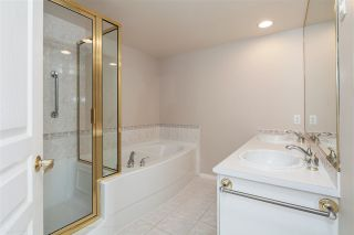 """Photo 11: 701 5615 HAMPTON Place in Vancouver: University VW Condo for sale in """"The Balmoral at Hampton"""" (Vancouver West)  : MLS®# R2195977"""