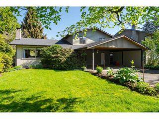 Photo 1: 20877 ALPINE Crescent in Maple Ridge: Northwest Maple Ridge House for sale : MLS®# R2454565