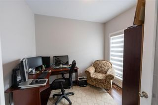 Photo 3: 3 Lake Bend Road in Winnipeg: Bridgwater Lakes Residential for sale (1R)  : MLS®# 202104330