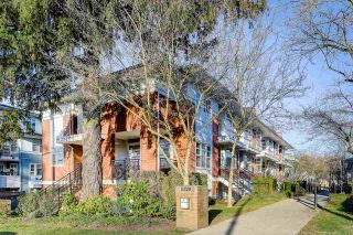 Photo 4: 56 6528 DENBIGH Avenue in Burnaby: Forest Glen BS Townhouse for sale (Burnaby South)  : MLS®# R2439162