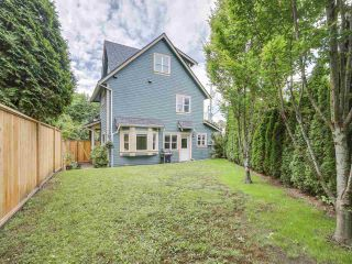 Photo 2: 1139 E 21ST Avenue in Vancouver: Knight 1/2 Duplex for sale (Vancouver East)  : MLS®# R2180419