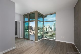 Photo 5: DOWNTOWN Condo for sale : 1 bedrooms : 800 The Mark Ln #2403 in San Diego