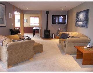 """Photo 6: 2055 MAMQUAM Road in Squamish: Garibaldi Estates House for sale in """"GARIBALDI ESTATES"""" : MLS®# V766913"""