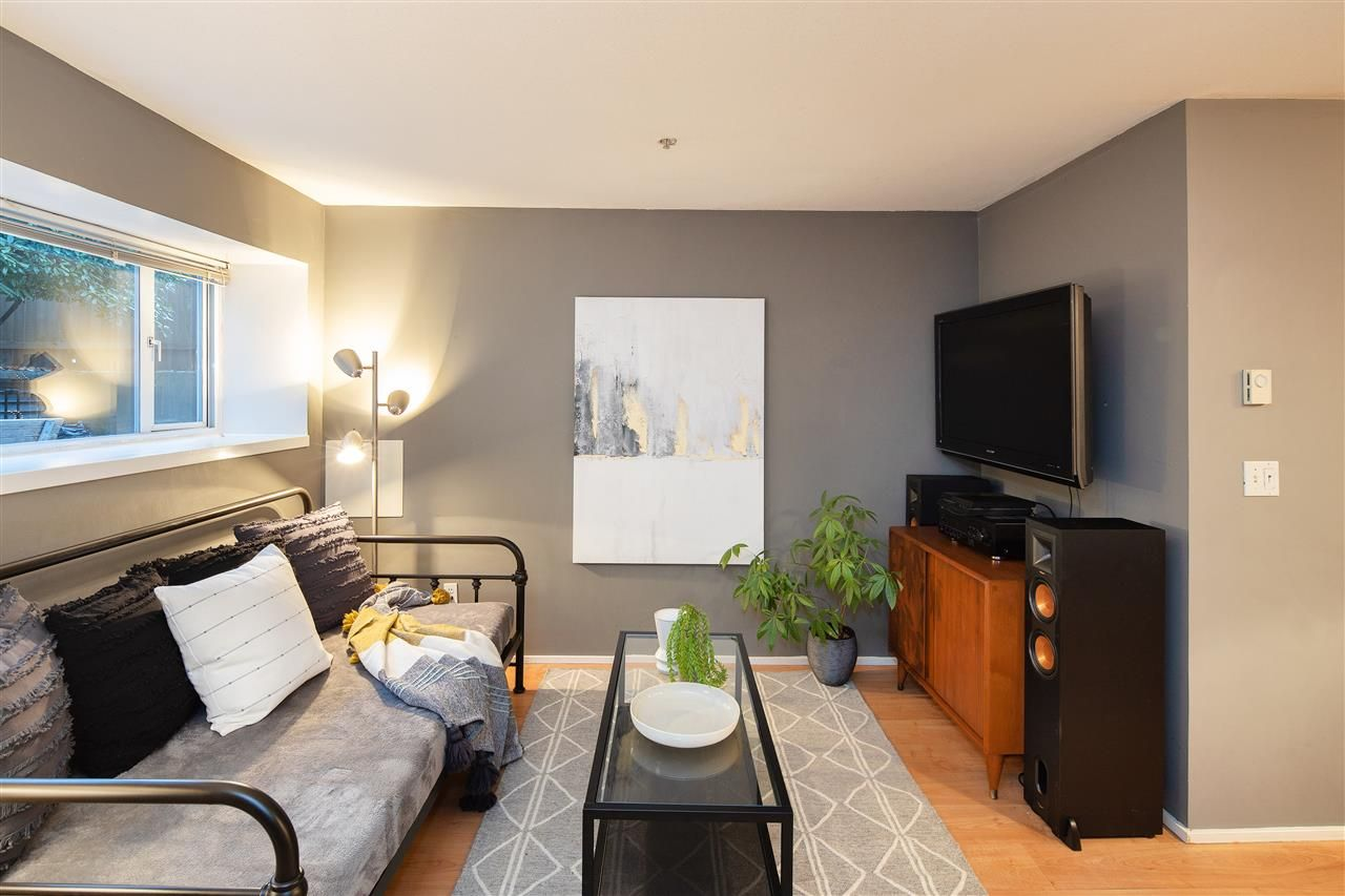 """Photo 6: Photos: 102 788 E 8TH Avenue in Vancouver: Mount Pleasant VE Condo for sale in """"Chelsea Court"""" (Vancouver East)  : MLS®# R2515993"""