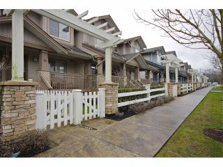 """Photo 1: 72 19250 65TH Avenue in Surrey: Clayton Townhouse for sale in """"SUNBERRY COURT"""" (Cloverdale)  : MLS®# F1302925"""