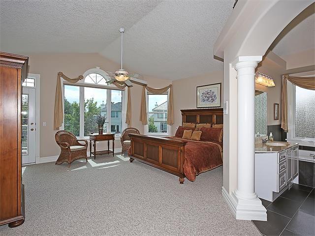 Photo 20: Photos: 315 MT DOUGLAS Court SE in Calgary: McKenzie Lake House for sale : MLS®# C4068873