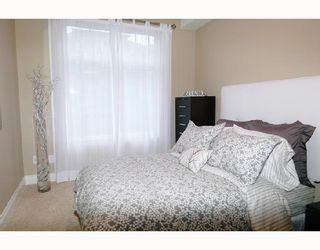 "Photo 9: 305 12268 224TH Street in Maple_Ridge: East Central Condo for sale in ""STONEGATE"" (Maple Ridge)  : MLS®# V701629"