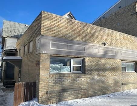 Main Photo: 143 Euclid Avenue in Winnipeg: Industrial / Commercial / Investment for sale (4A)  : MLS®# 202101292