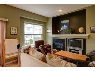 """Photo 5: 17 1055 RIVERWOOD Gate in Port Coquitlam: Riverwood Townhouse for sale in """"MOUNTAIN VIEW ESTATES"""" : MLS®# V1001823"""