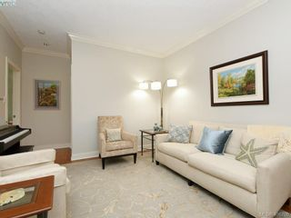 Photo 12: 762 Hill Rise Lane in VICTORIA: SE Cordova Bay Row/Townhouse for sale (Saanich East)  : MLS®# 808277