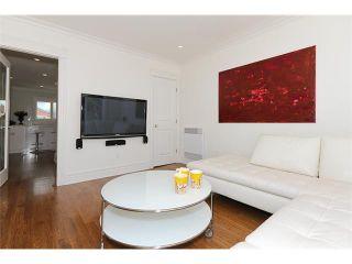 Photo 5: 2549 KITCHENER ST in Vancouver: Renfrew VE House for sale (Vancouver East)  : MLS®# V882119