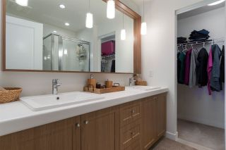 """Photo 14: 83 8476 207A Street in Langley: Willoughby Heights Townhouse for sale in """"YORK BY MOSAIC"""" : MLS®# R2235132"""