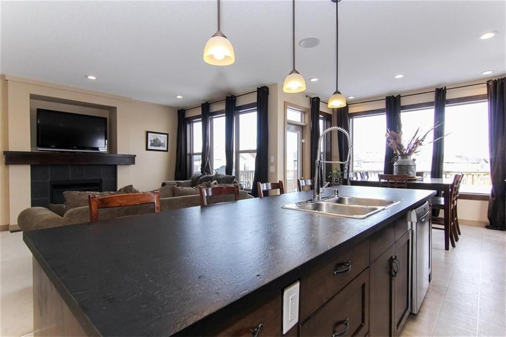 Photo 15: Photos: 21 CRANBERRY Cove SE in Calgary: Cranston House for sale : MLS®# C4164201