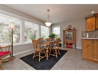 "Photo 6: 10259 WILDROSE Drive in Chilliwack: Rosedale Popkum House for sale in ""ROSE GARDEN ESTATES"" (Rosedale)  : MLS®# H2153134"