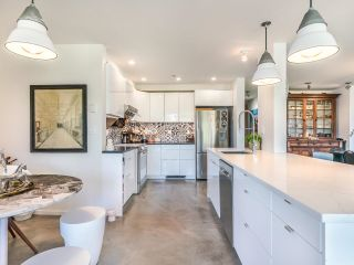"""Photo 15: 307 1502 ISLAND PARK Walk in Vancouver: False Creek Condo for sale in """"The Lagoons"""" (Vancouver West)  : MLS®# R2606940"""