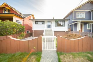 Photo 2: 4340 MILLER Street in Vancouver: Victoria VE House for sale (Vancouver East)  : MLS®# R2615365