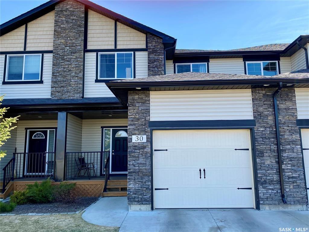 Main Photo: 30 215 Hampton Green in Saskatoon: Hampton Village Residential for sale : MLS®# SK851640