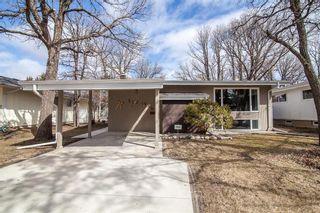 Photo 2: 52 Henday Bay in Winnipeg: Residential for sale (5G)  : MLS®# 202008323