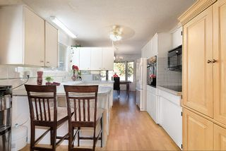 Photo 3: 1739 North Highland Drive in Kelowna: Glenmore House for sale (Central Okanagan)  : MLS®# 10123486