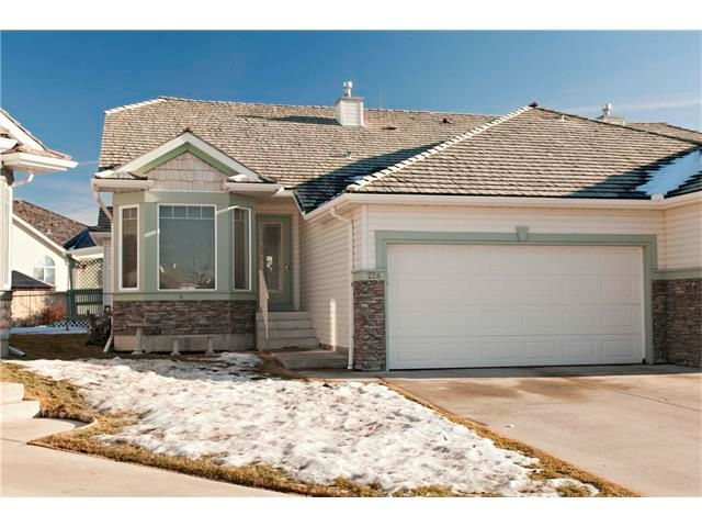 Main Photo: 226 CHAPARRAL Villa(s) SE in Calgary: Chaparral House for sale : MLS®# C4049404