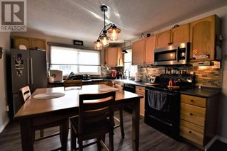 Photo 12: 108 Ceal Square Square in Hinton: House for sale : MLS®# A1138816