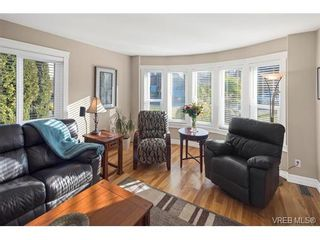 Photo 13: 2002 Corniche Pl in VICTORIA: SE Gordon Head House for sale (Saanich East)  : MLS®# 751432
