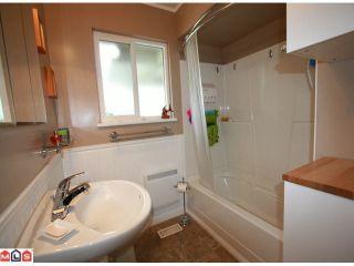 Photo 8: 12572 CENTRE Drive in Surrey: Cedar Hills House for sale (North Surrey)  : MLS®# F1113518