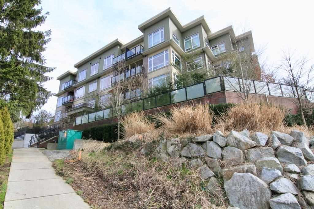 Main Photo: 307 11566 224 STREET in Maple Ridge: East Central Condo for sale : MLS®# R2440206